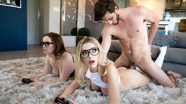 Reality Kings HD PORN: Three Player Game Starring River Fox and Anny Aurora